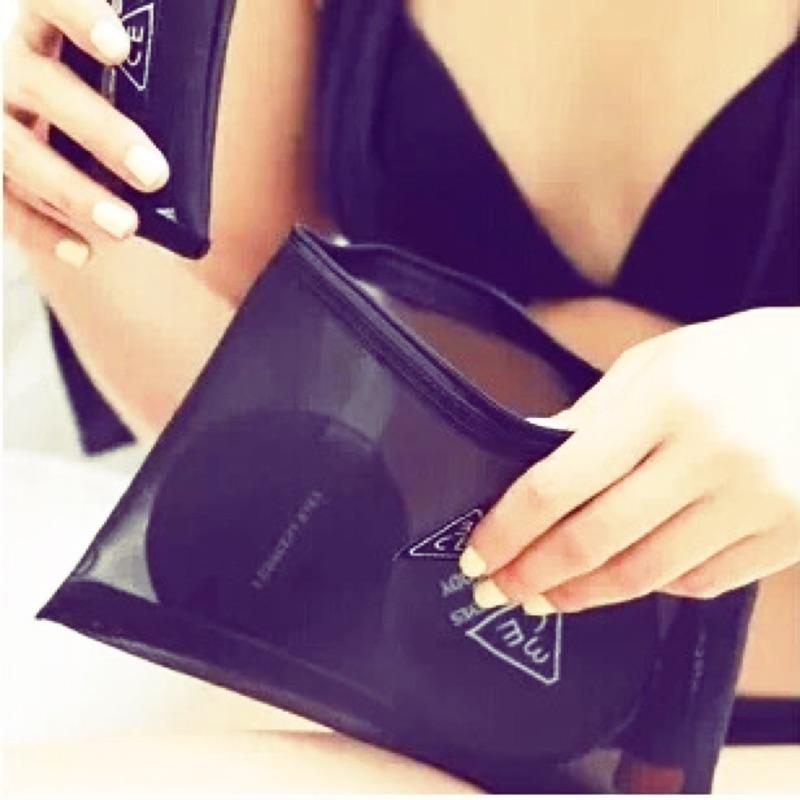 [買大送小]韓國3CE stylenanda 簡約黑色網紗 大容量化妝包手拿包