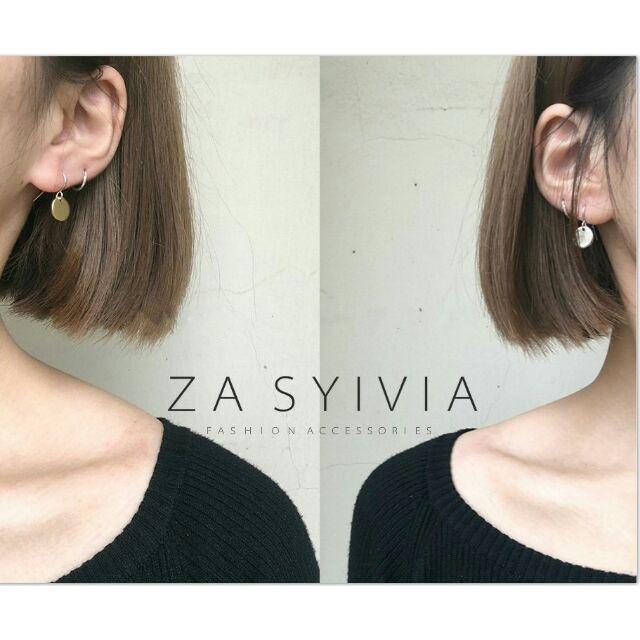 ZA SYIVIA 正韓 風金屬小金幣鋼針耳環大牌 師款 摩登女孩