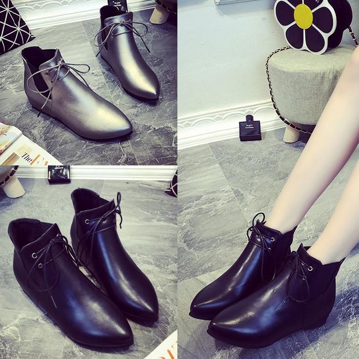 ~小光頭商店~平底短靴女 及踝靴尖頭平跟馬丁靴松緊帶低跟漆皮靴子機車靴子