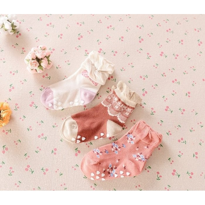 ~草莓花園~K31 花邊小碎花防滑襪子寶寶鬆口襪卡通寶寶襪童襪嬰兒襪點膠防滑襪男女兒童襪3