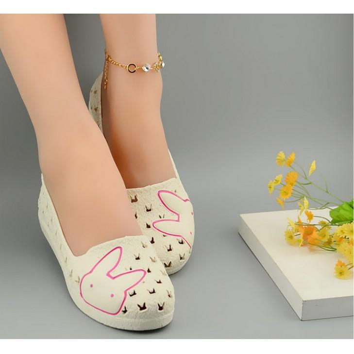 舒適坡跟防滑護士鞋白色涼鞋女夏塑膠鏤空媽媽鞋工作鞋洞洞鞋松糕鞋帆布鞋網球鞋內增高鞋旅遊鞋跑