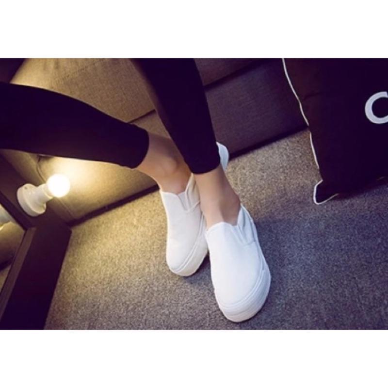 厚底樂福鞋小白鞋平底鞋懶人鞋百搭 款舒服好穿白色藍色黑色