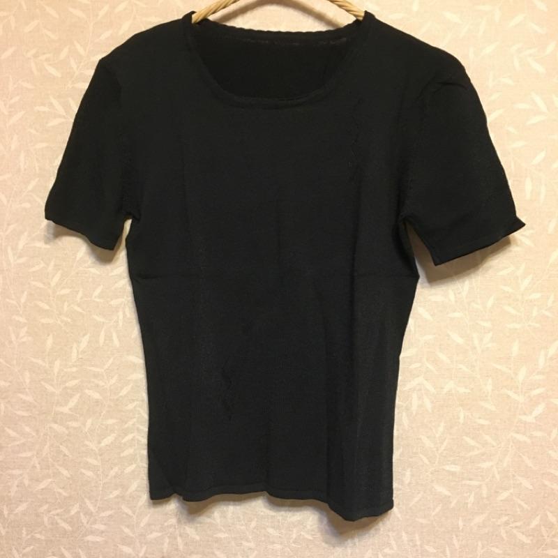 黑色柔軟針織 純色短袖