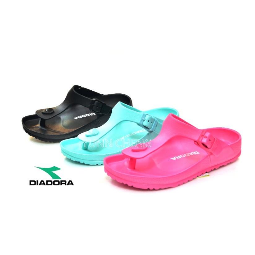 YUNN CHENG _DIADORA 女款防水輕量一體成型T 行人字夾腳拖鞋 拖鞋可調整