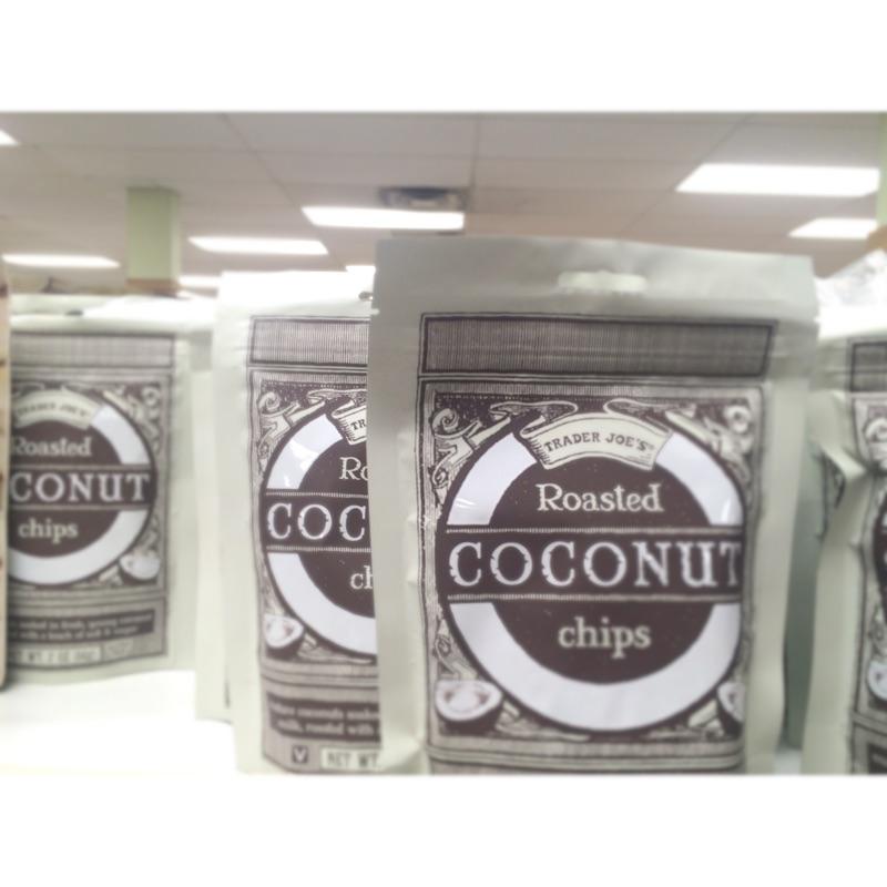 美國零食Trader Joe s Roasted Coconut Chips 椰子片部落客