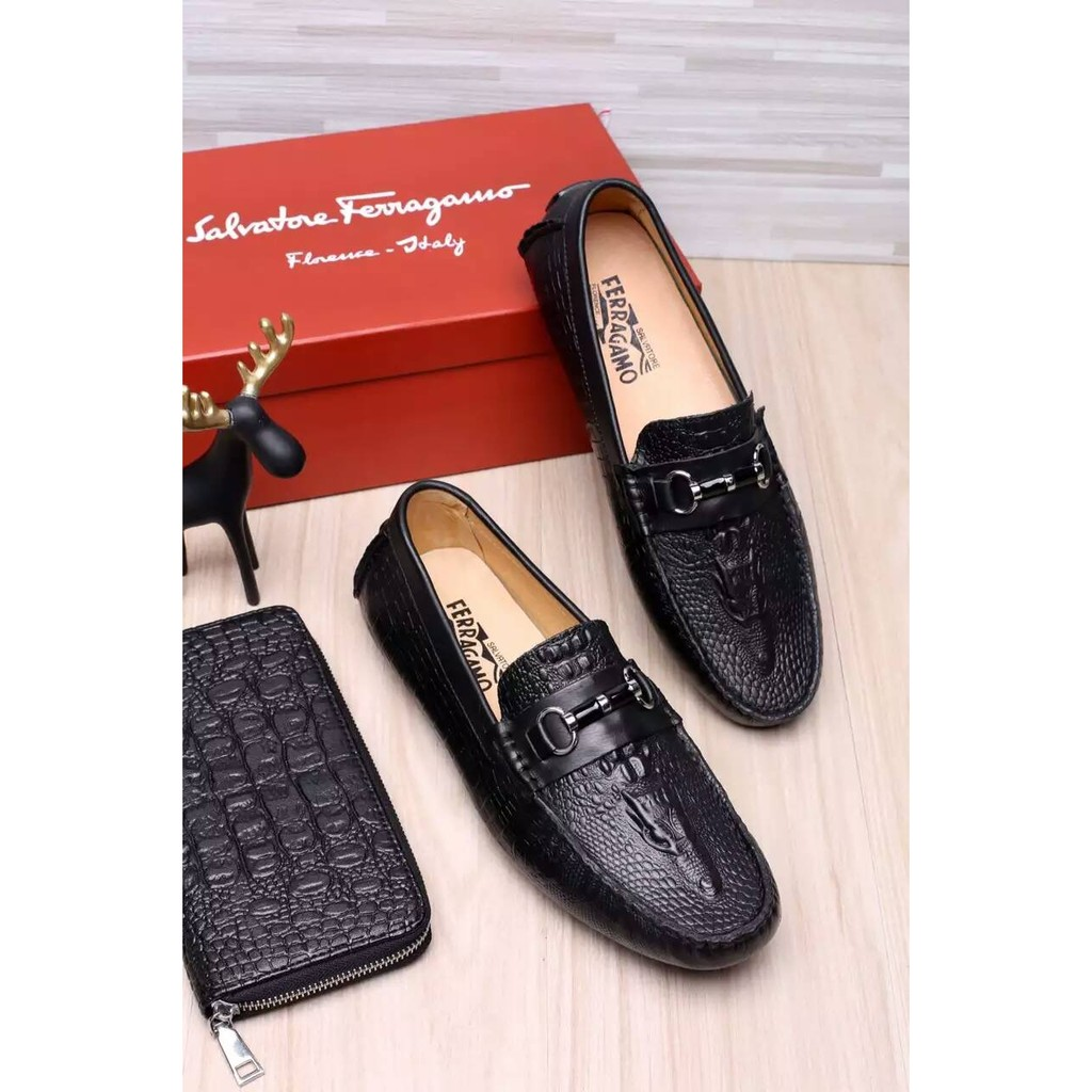 男士休閒鞋男鞋菲拉格慕套腳鞋Ferragamo 皮鞋单鞋38 44 碼