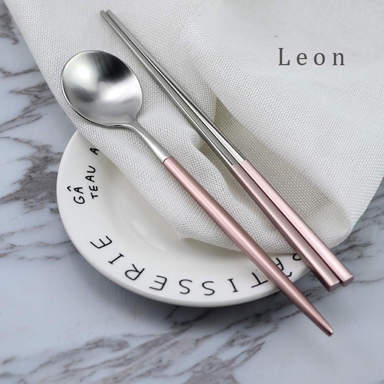 筷子304 不銹鋼餐具家用酒店方形防滑筷子套裝西式鍍黑金勺筷子