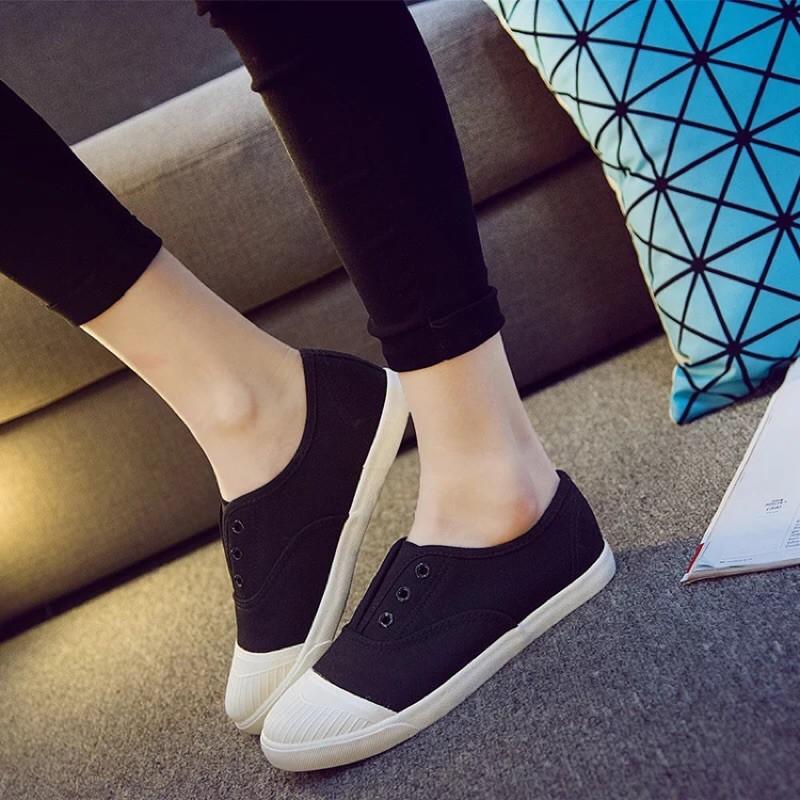 環球帆布鞋女鞋平底黑白色布鞋休閒鞋春單鞋一腳蹬懶人鞋平跟球鞋