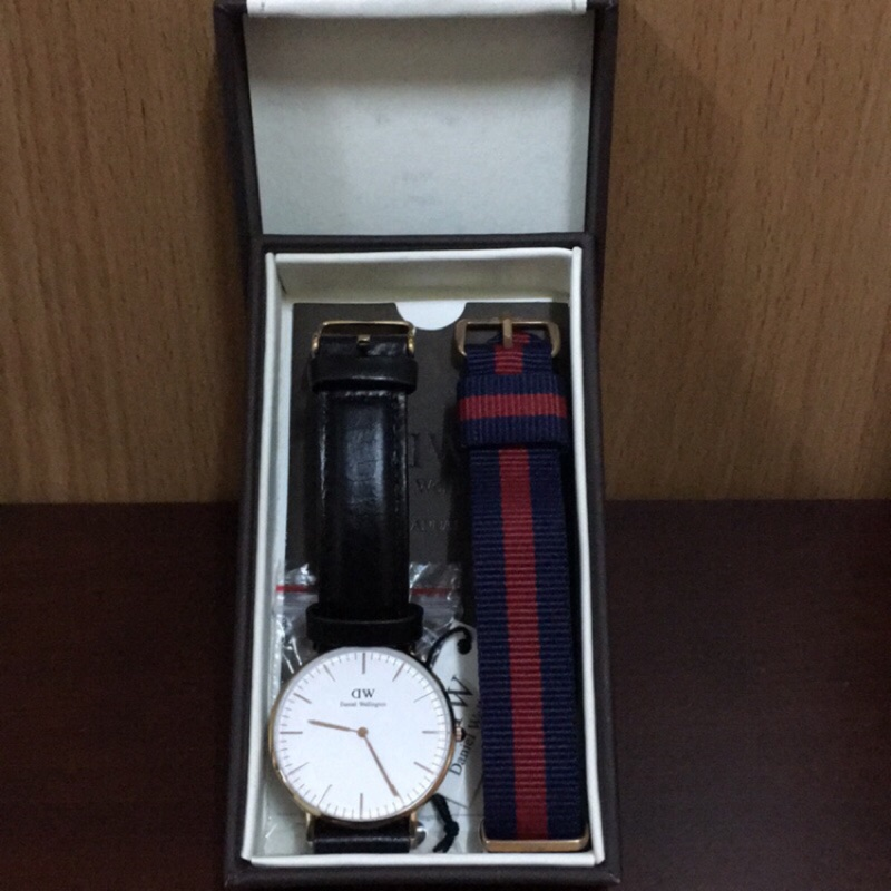 Daniel Wellington Classic Sheffield 36mm 手錶