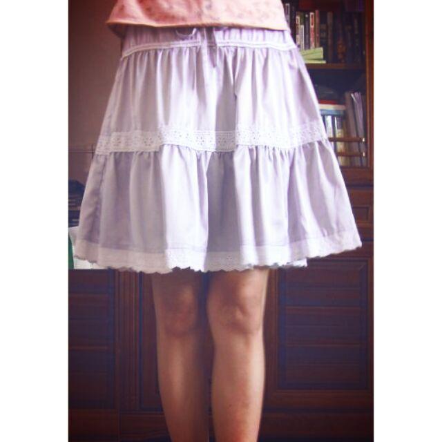 蕾絲緞面白色蛋糕短裙