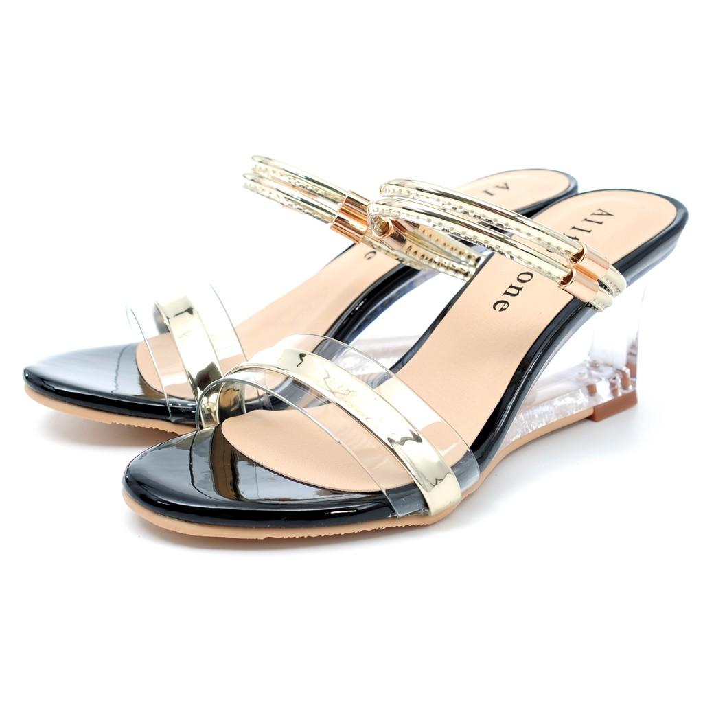 鞋念鏤空金屬系透明拖鞋~