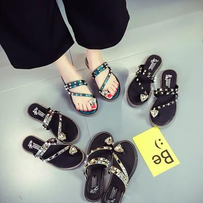 夏日三角水鑽細繩夾腳平底拖鞋 鉚釘平底涼鞋防滑舒適平跟套趾外貿女士涼拖鞋