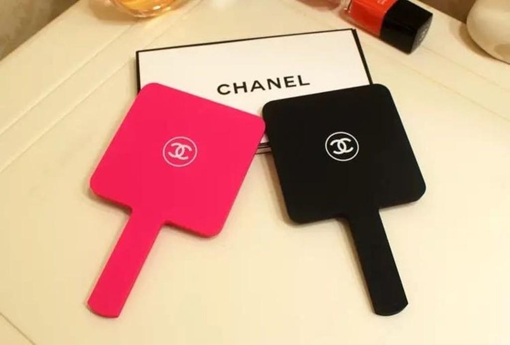 Chanel 專櫃贈品禮鏡子手拿鏡隨身鏡迷你手柄鏡便攜式化妝鏡 組 化妝包rimowa 過