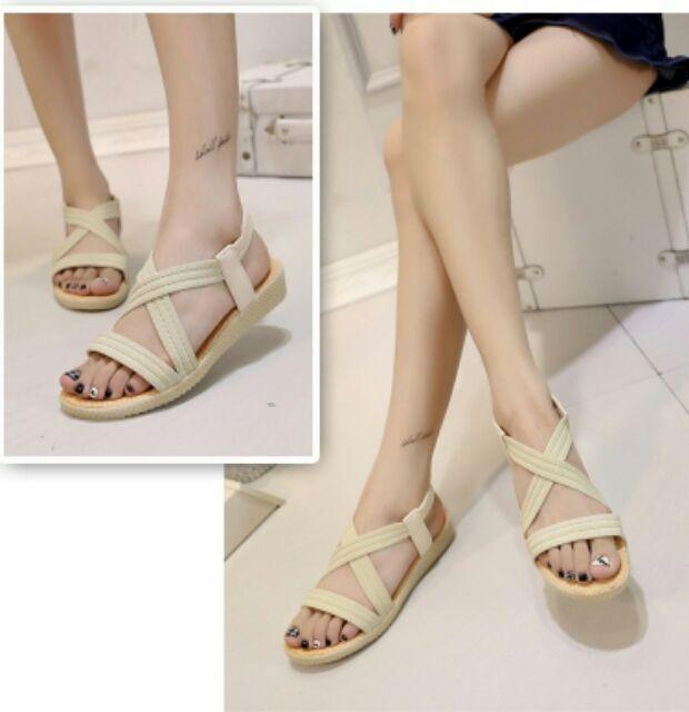 Damita 百搭交叉線條鬆緊帶微楔型涼鞋(3 色)