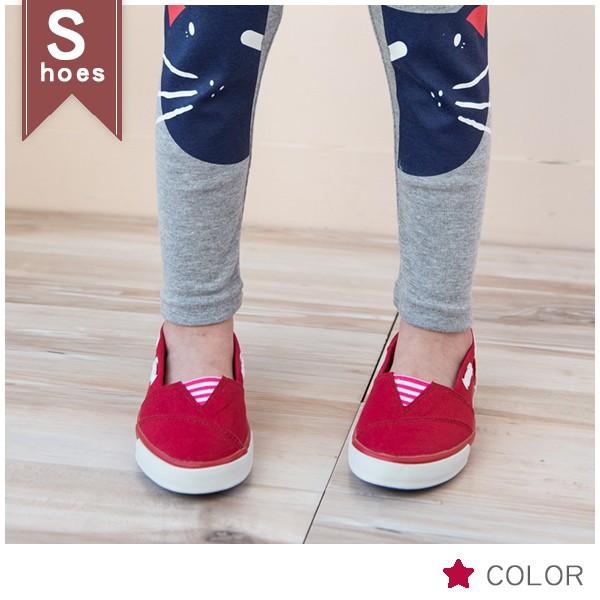 ~童鞋~鞋頭三角橫條側邊穿繩帆布鞋~~貨號182006 ~