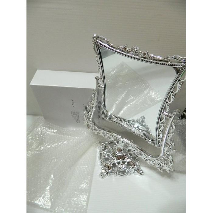 浪漫法式立鏡190 元