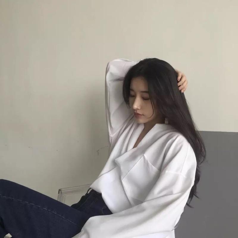 Psyche • 百搭寬鬆v 領厚雪紡口袋長袖襯衫2 色