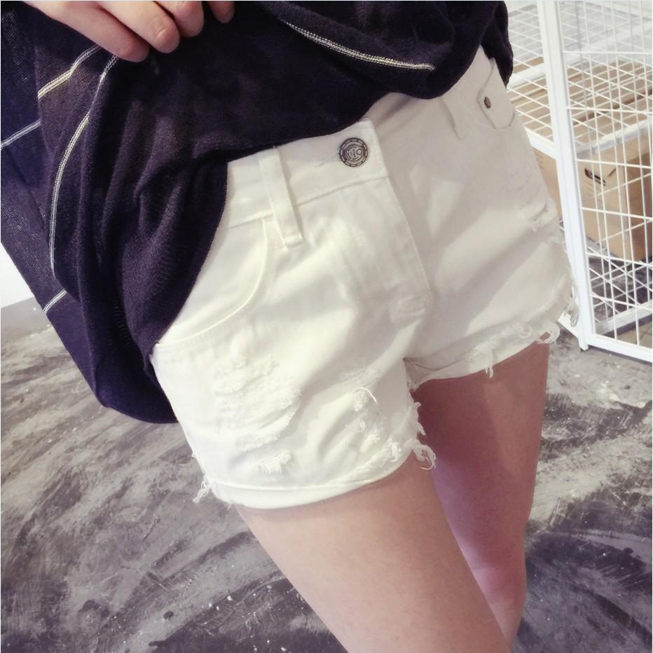 魅力时尚專營店n n n 學生白色修身百搭牛仔短褲女 寬松超顯瘦闊腿熱褲高腰寬褲褲裙長洋裝