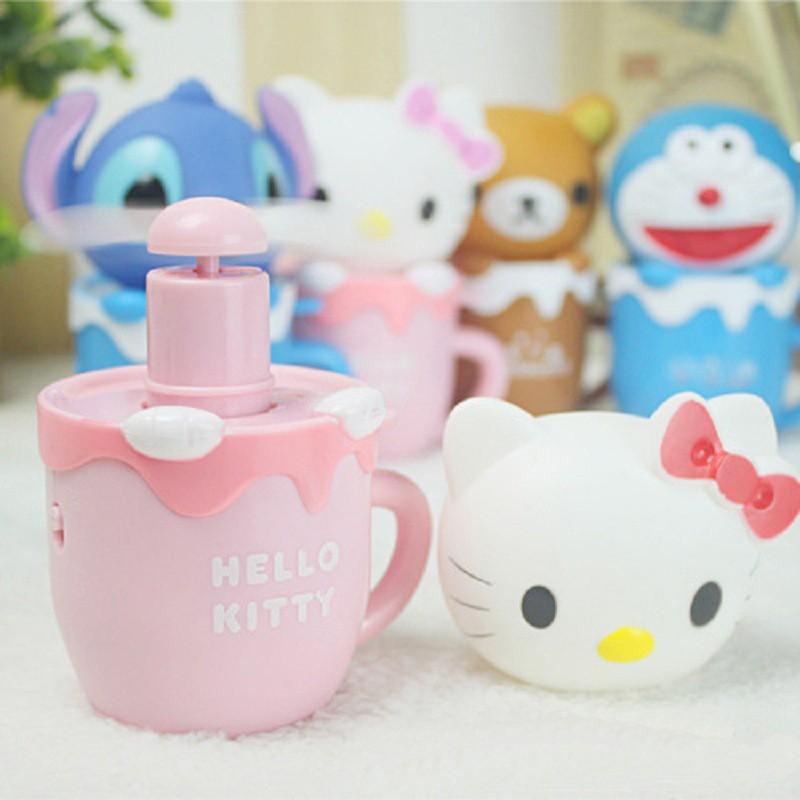 便攜式加溼噴水小風扇可愛hello kitty 史迪仔哆啦A 夢喬巴輕鬆小熊卡通兒童手持迷