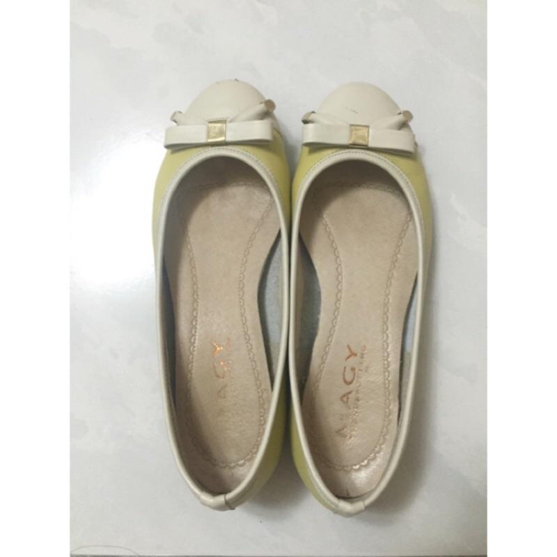 MAGY 織帶蝴蝶結雙 拼接真皮娃娃鞋22 5 公分(粉嫩黃)