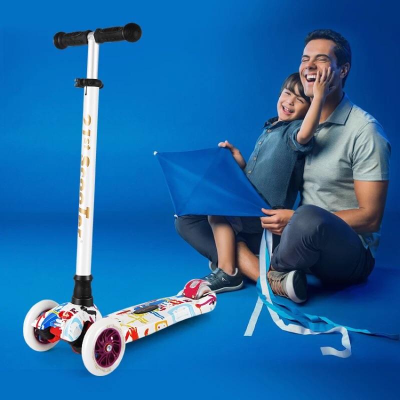 廠商正品 21st scooter 幼兒兒童三輪四輪閃光發光輪塗鴨滑板車平衡車micro