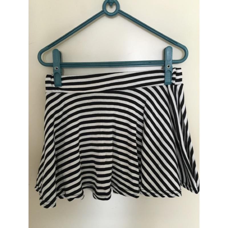 百搭黑白條紋圓裙