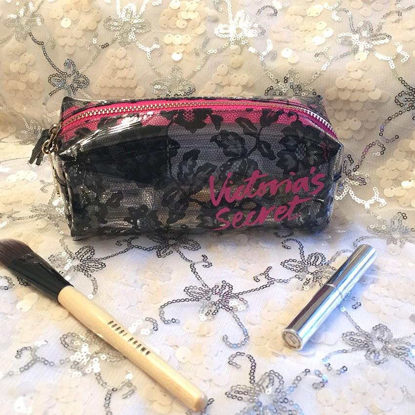 ~ 帆帆~Victoria secret 維多利亞的秘密極美蕾絲紋透明PU 長型化妝包收納