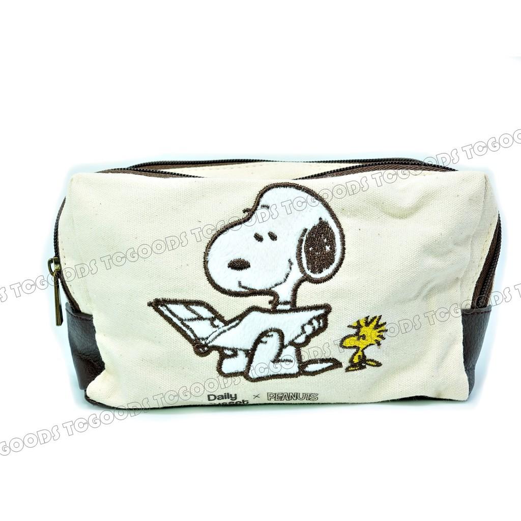 ~台中好物~Snoopy 史努比 レタスクラブ帆布多層大容量多 拼接仿皮底拉鍊收納包化妝包
