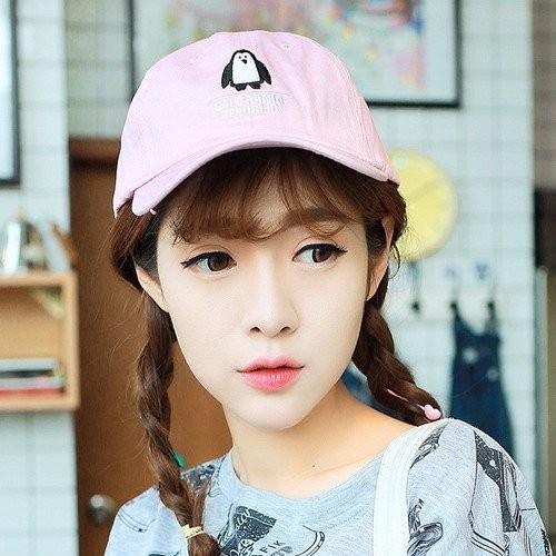 韓國 可愛企鵝圖案刺繡純棉 棒球帽老帽鴨舌帽彎帽高爾夫球帽子K641