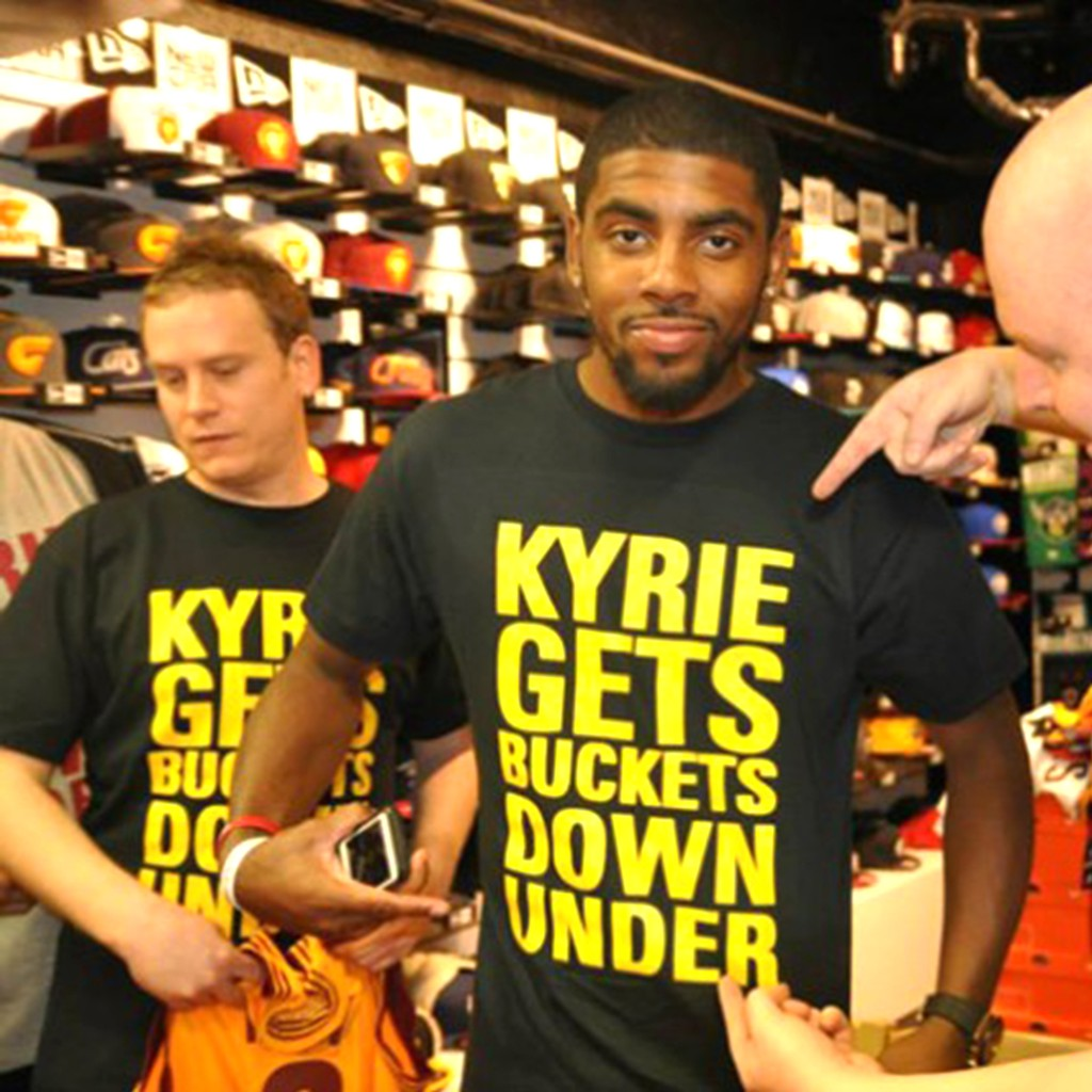 KYRIE IRVING 著用~KYRIE GETS BUCKETS DOWN UNDER