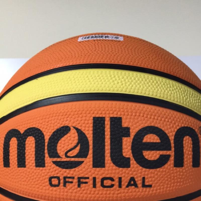 MOLTEN 室外橡膠球籃球