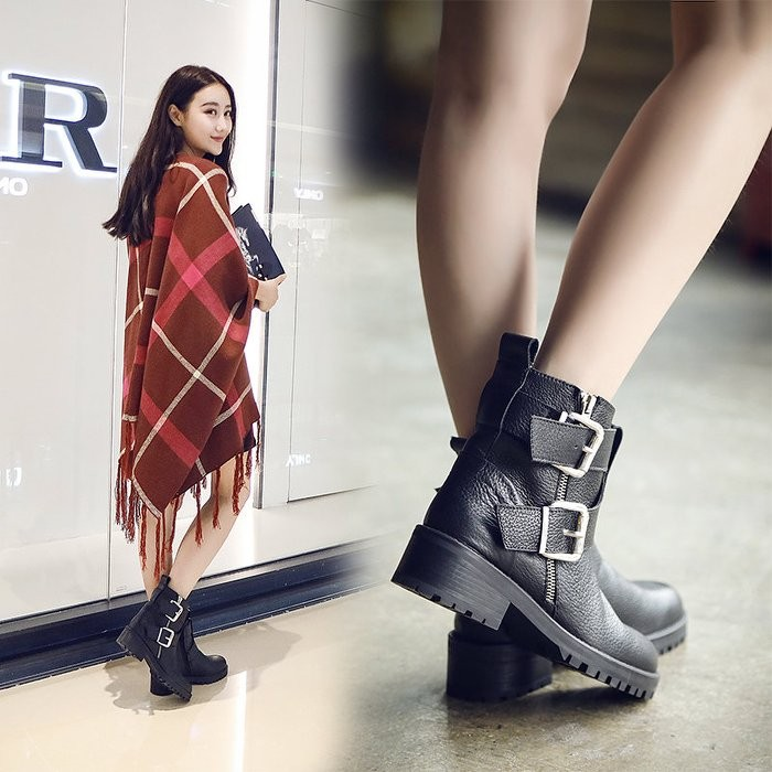 Doubble 韓國東大門側拉鏈平底短靴馬丁靴真皮裸靴粗跟平跟短筒靴機車靴