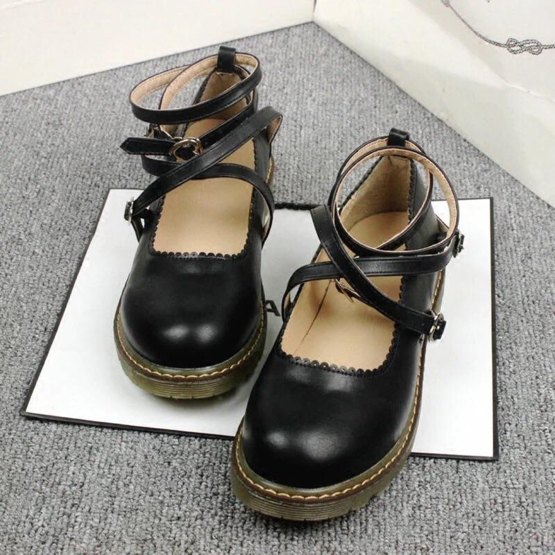 日系森女圓頭娃娃鞋軟妹平底休閒牛筋女鞋淺口英倫小皮鞋學生單鞋
