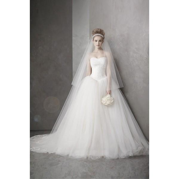 婚紗女王Vera Wang 不敗款平口素面公主三角剪裁顯瘦紗裙婚紗禮服白紗外拍宴客畢業製作