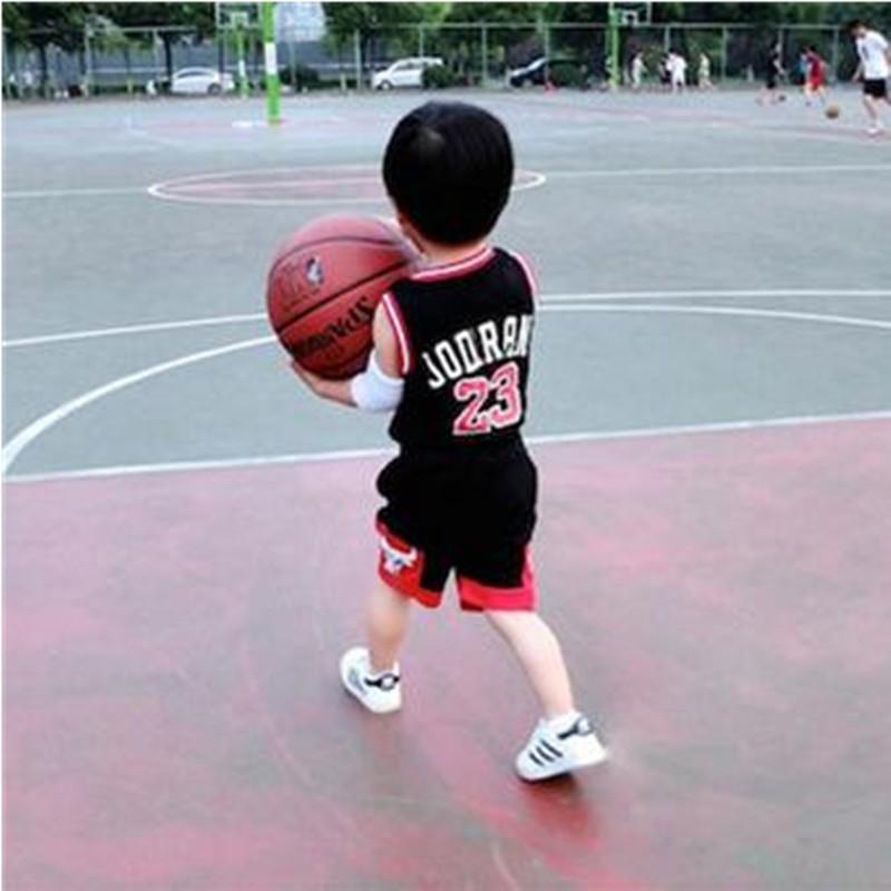 NBA 公牛隊男女中小 籃球服套裝表演背心短褲寶寶籃球衣服 套裝喬丹羅斯球衣