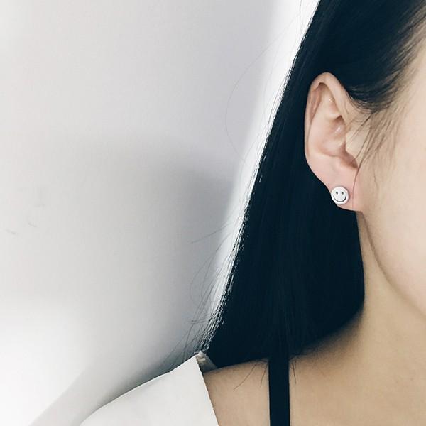 PETIT BAZAR 圓形笑臉微笑smile 可愛表情女孩耳環一對