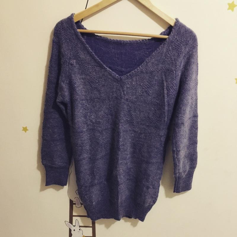 毛毛針織毛衣紫大V 領