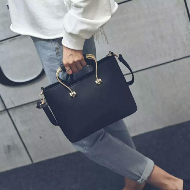 ♡ ♡低調黑色仿皮革高貴典雅氣質 女用女生OL 上班族包包2 種背法包包單肩包斜背包肩背包
