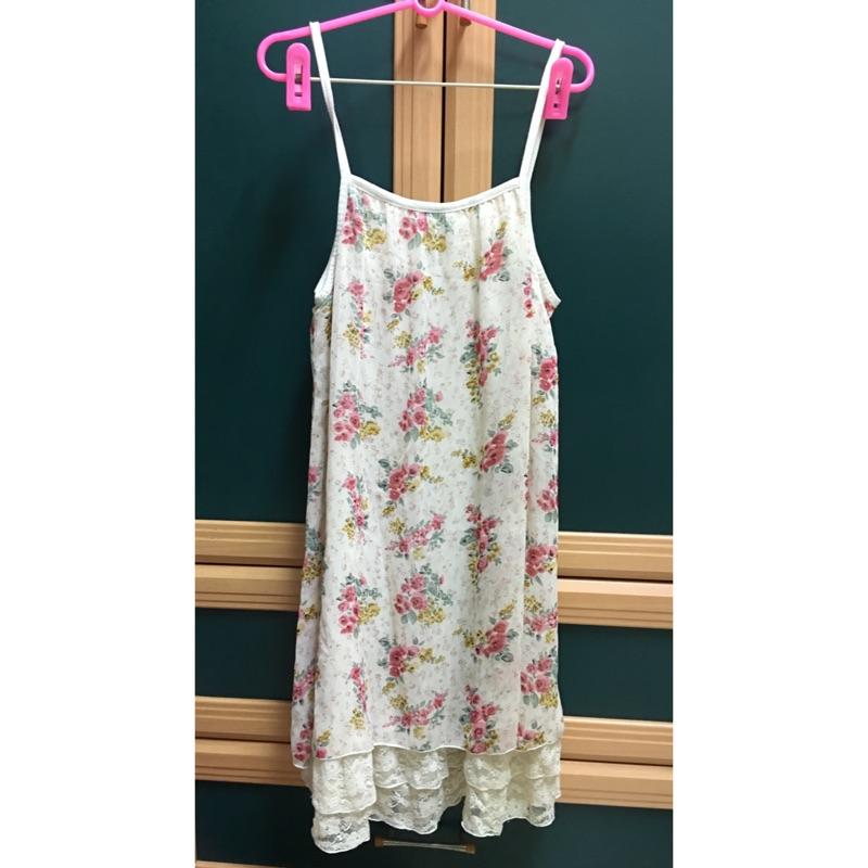 細肩帶兩穿花花下擺蕾絲洋裝長版可當內搭襯裙