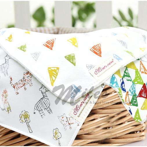 英國Moms care 扣式加厚加大毛巾料單入雙層三角巾口水巾
