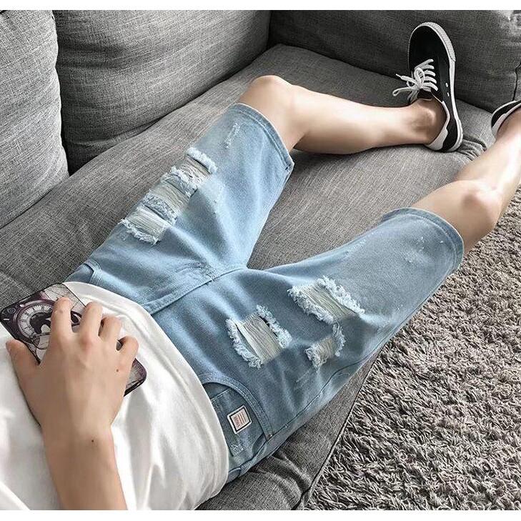 ~️ 出貨~️男生牛仔短褲5 分褲破洞潮流 修身中褲 薄款五分牛仔褲905 贴皮破洞浅色6