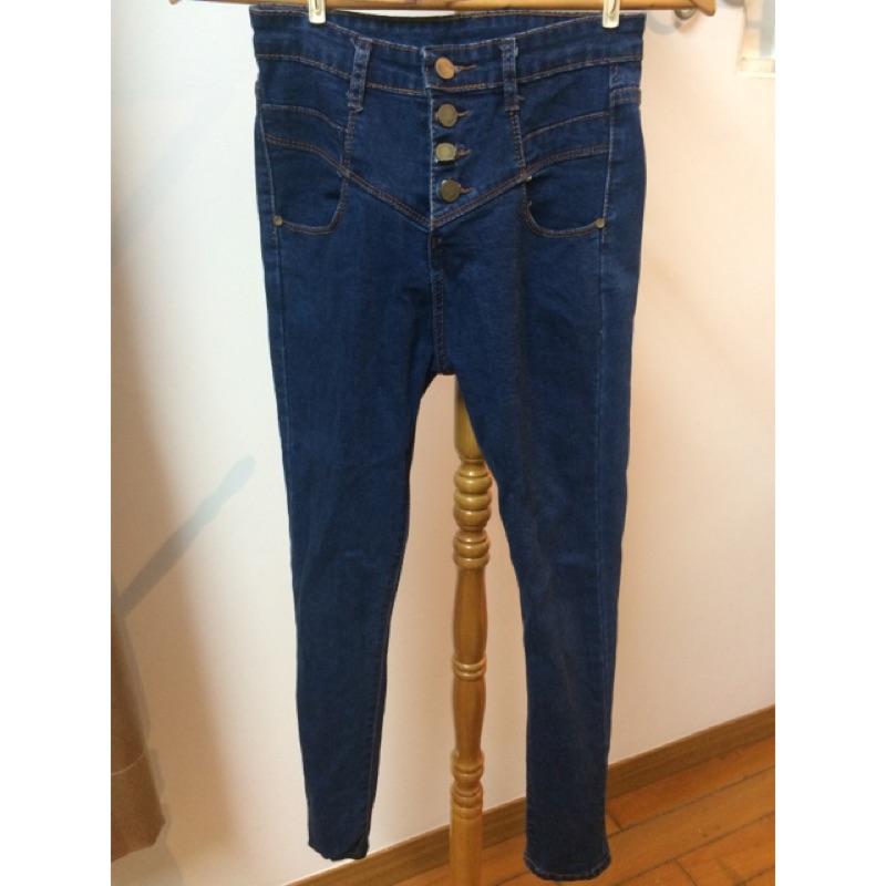 高腰 牛仔褲深藍版型偏小S 號可穿