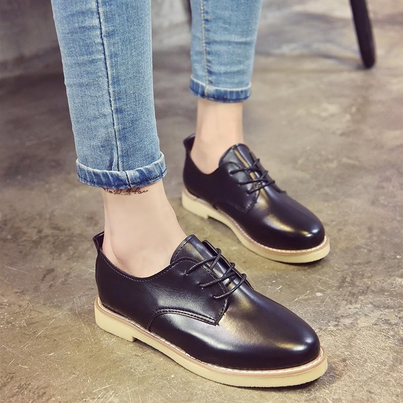 【本小姐任性】秋 女鞋平跟靴馬丁靴女英倫風學生平底圓頭單靴裸靴子女短靴女