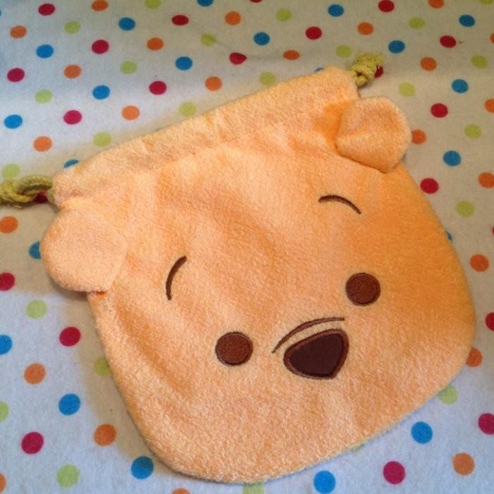 迪士尼tsum tsum 維尼小熊維尼毛絨刺繡束口袋拉繩袋拍立得收納包化妝包雜物包