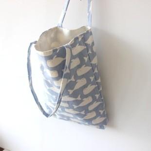 2 色鯨魚印花帆布包單肩包布包碎花棉麻包聖誕童趣 出國旅遊ZAKKA 手提包