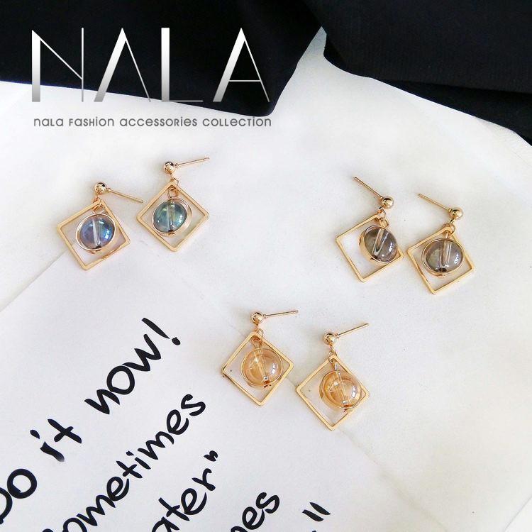 NALA 娜拉~炫彩水晶圓珠精緻小耳釘 透光旋轉圓珠圓圈耳夾方形無耳洞耳環耳飾韓國飾品