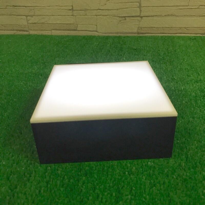 Owen acrylic 壓克力公仔盒燈箱底座Led 白光黃光藍光