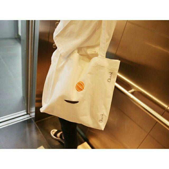 大容量早秋韓國刺繡簡約 款休閒帆布袋帆布包肩背包環保袋學生書包