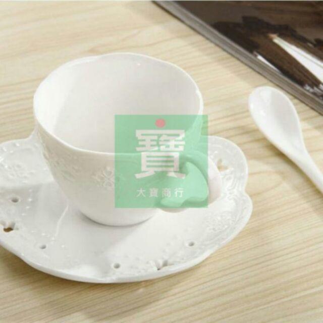 ~ !純白!下午茶咖啡杯~蝴蝶雕花蕾絲三層盤蛋糕盤水果盤點心盤開店 婚禮餐具野餐派對陶瓷烘