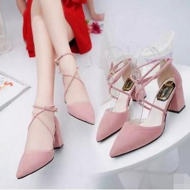 QJW  包頭搭扣顯瘦尖頭粗跟高跟粉色透氣單鞋涼鞋百搭女鞋子潮